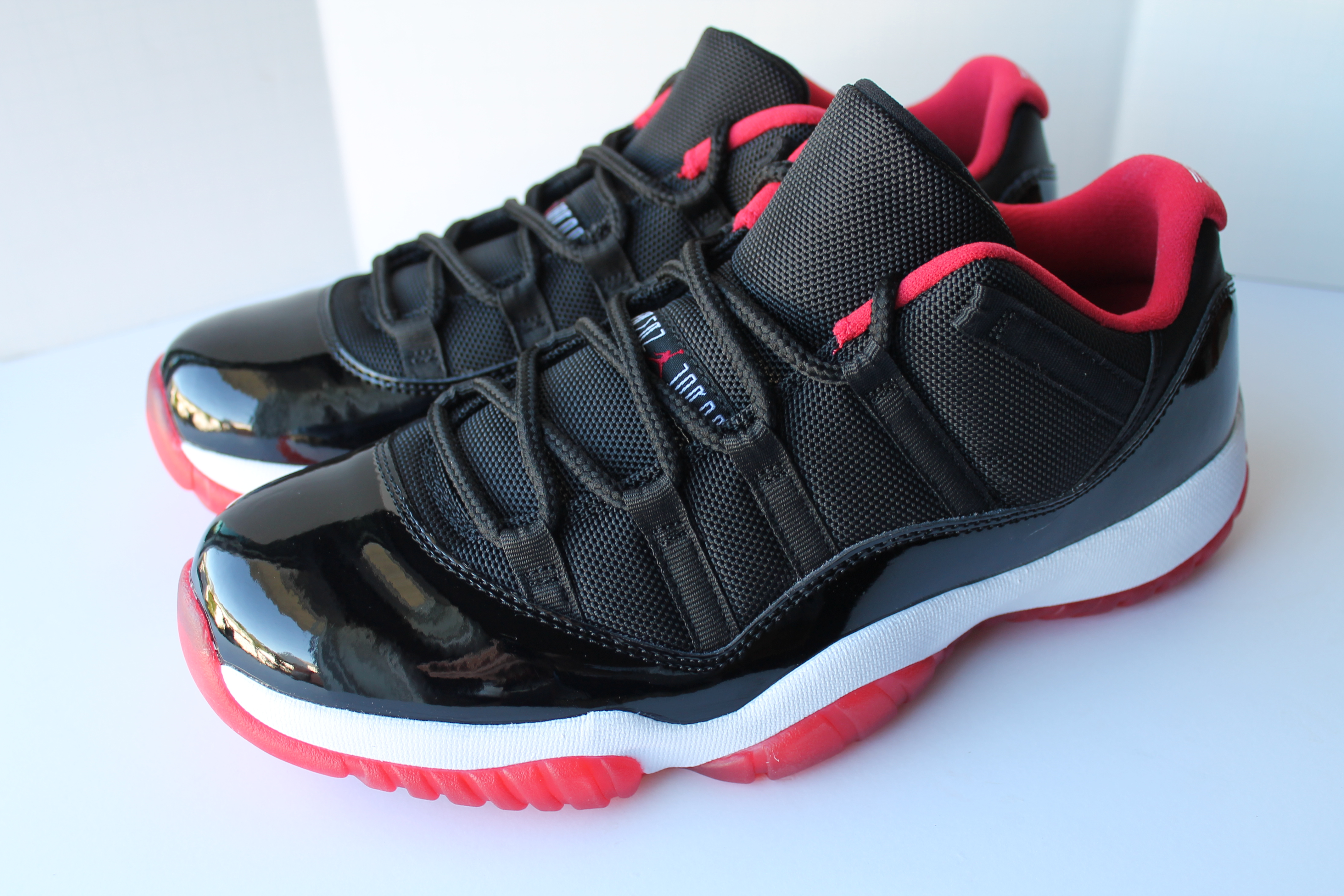 the latest df4e0 270b8 Air Jordan 11 Retro Low Bred