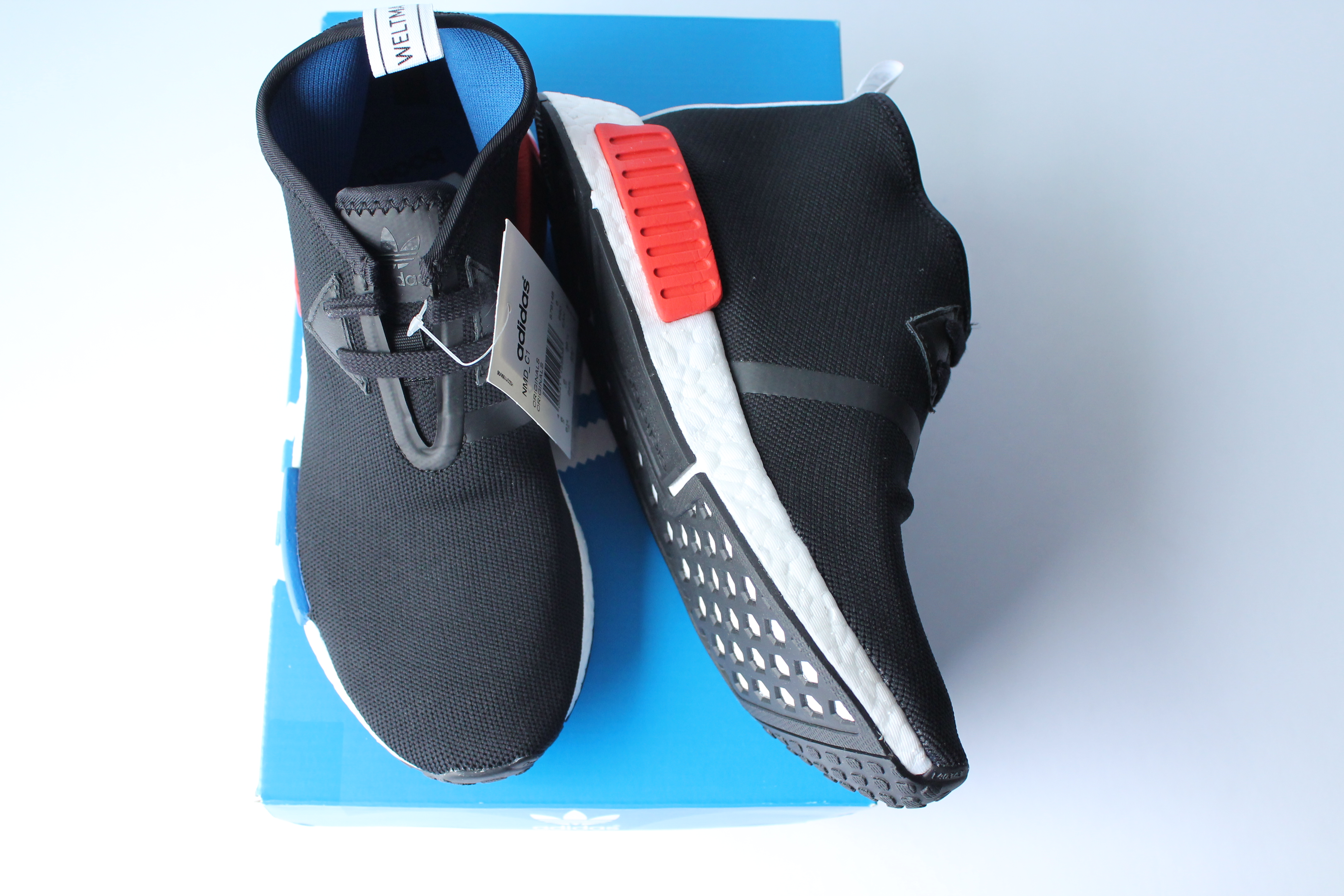 PW HUMAN RACE NMD GREEN (HOW TO SPOT FAKES) MUST