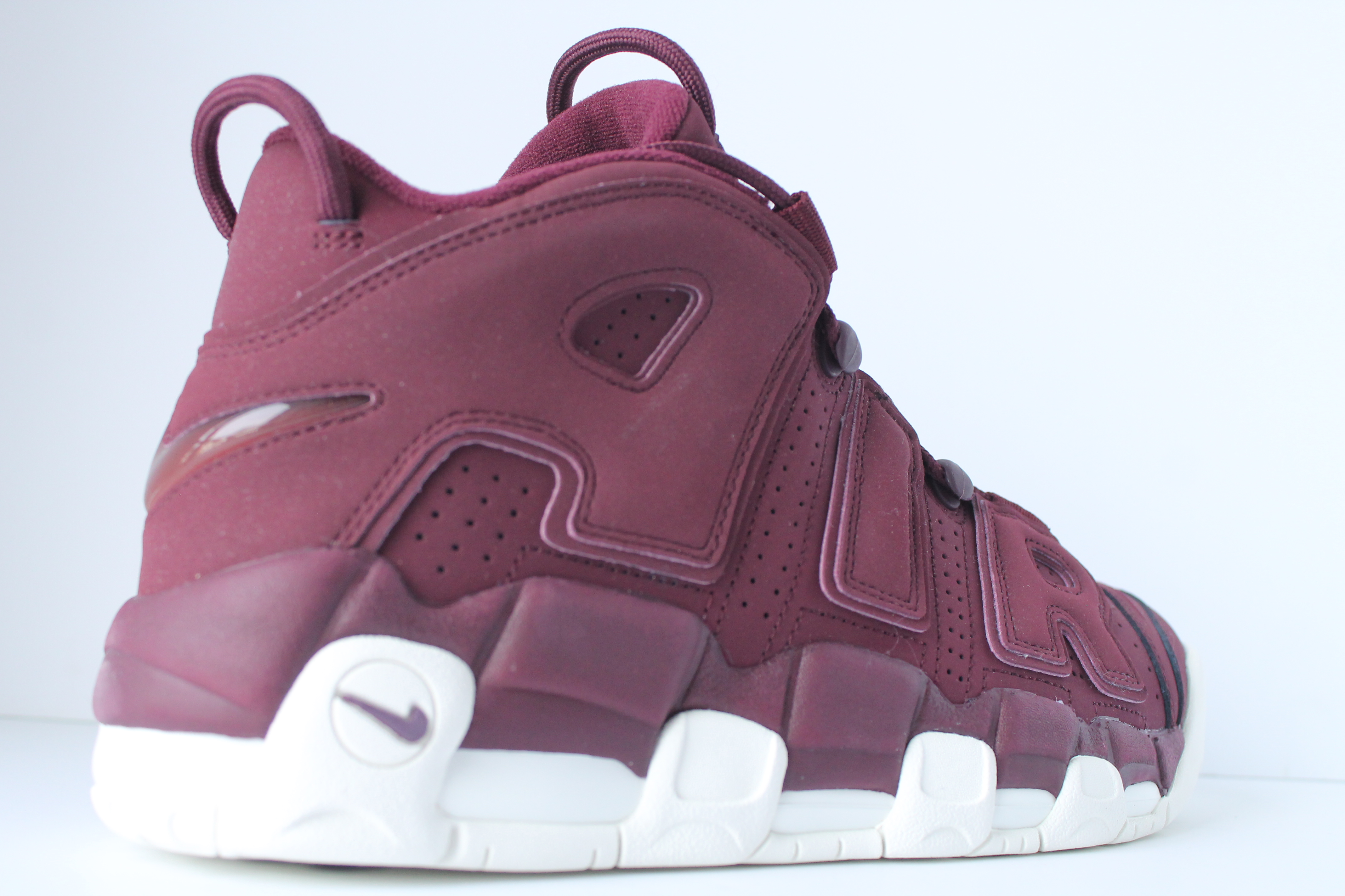 b84a3822f52a5c ... Nike Air More Uptempo  96 QS – Night ...