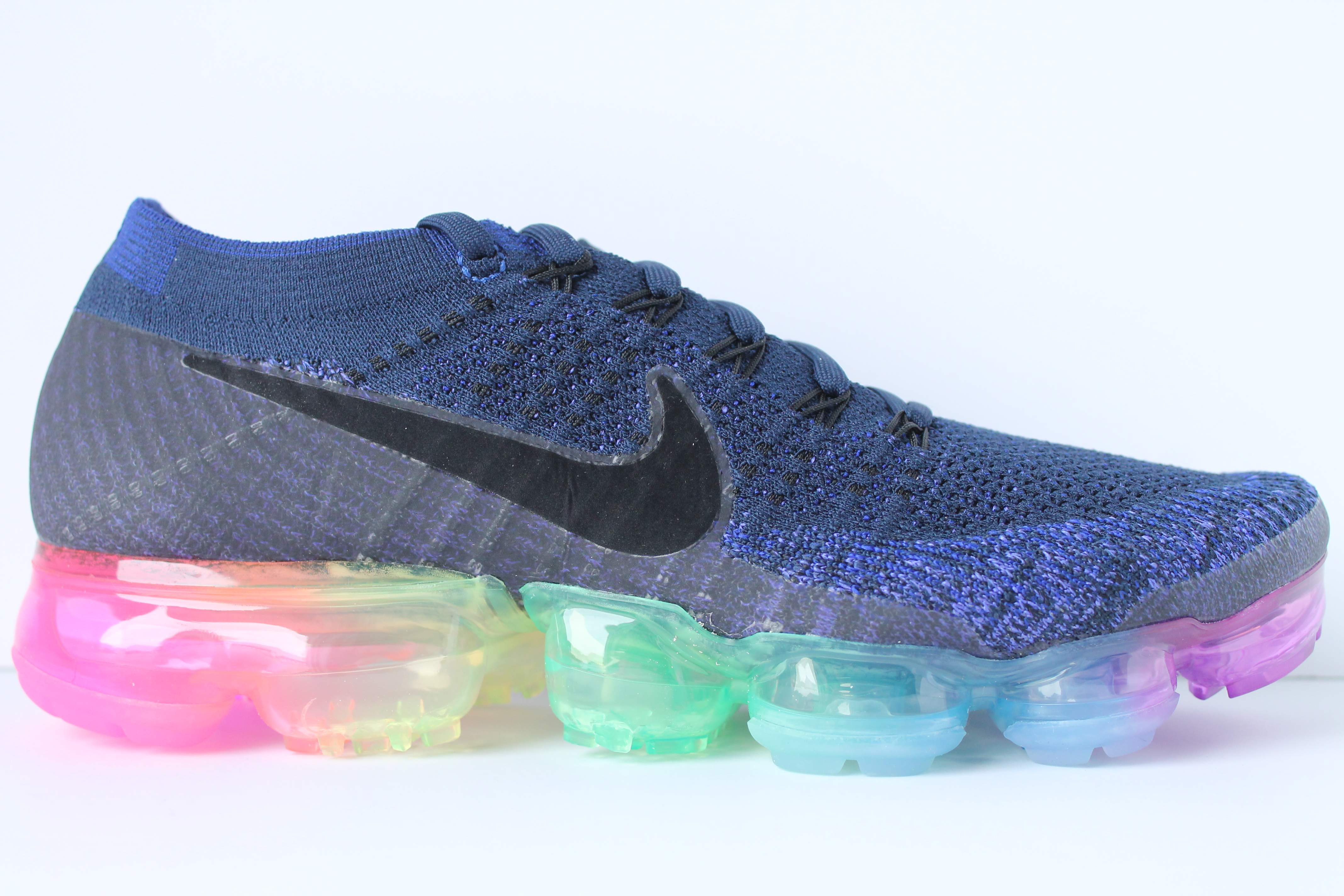 Nike Air Vapormax Flyknit Be True - Womens 3d6f8a529e9c