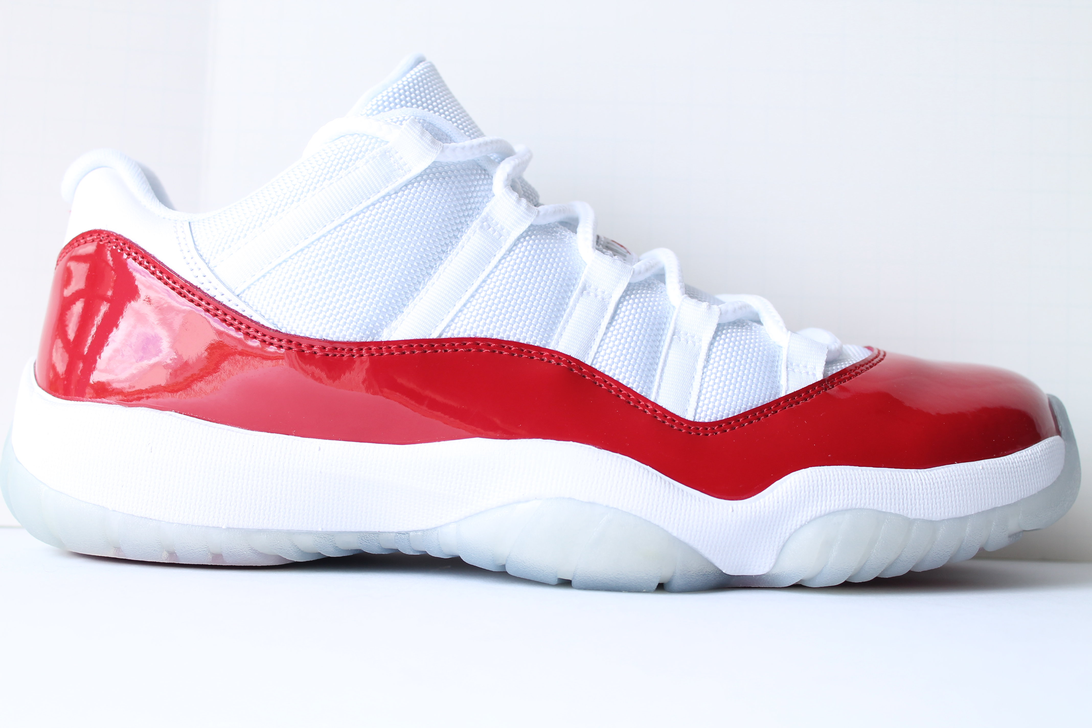 Air Jordan 11 Retro Low Cherry
