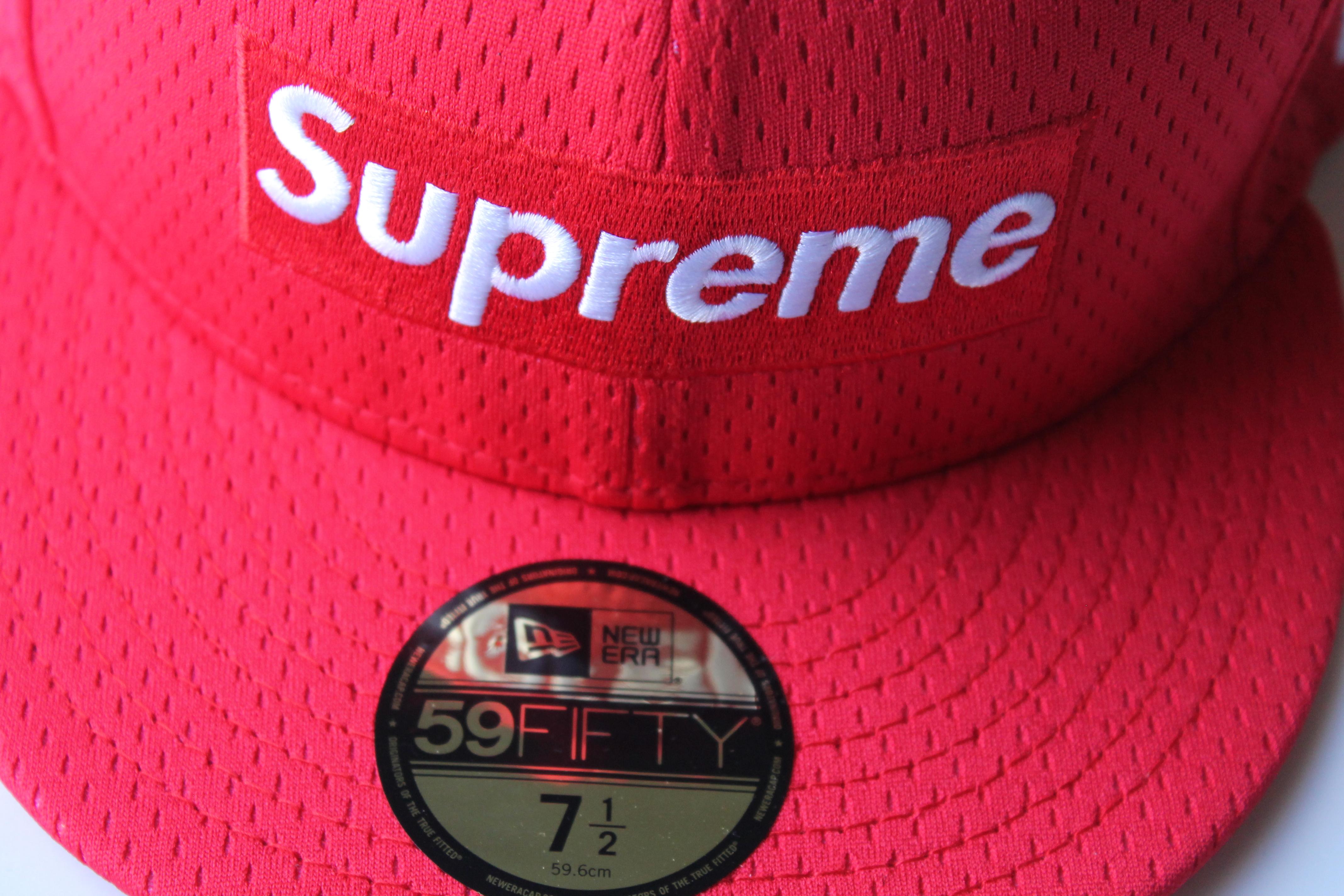 4f4cd327 AuthentKicks | Supreme Mesh Box Logo New Era Hat